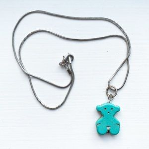 Chic silver & turquoise stone teddy bear necklace